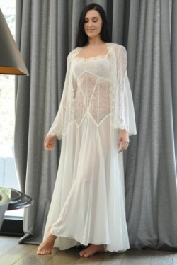White Lace Negligee Jane Woolrich Design 3884
