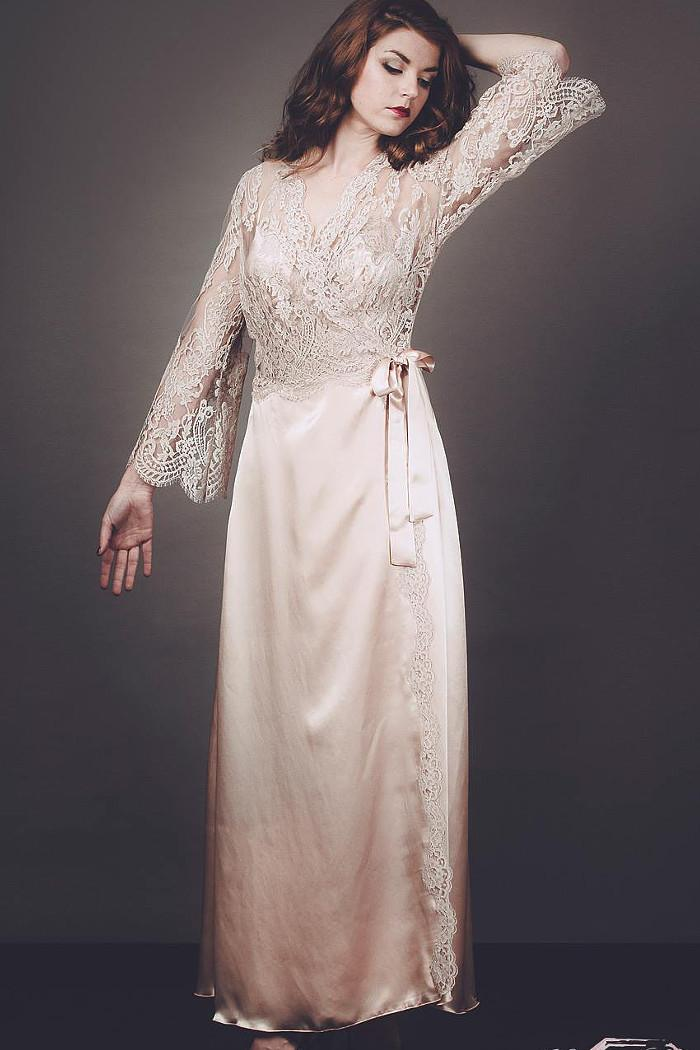 Cheverny Silk Satin and Lace Dressing Gown