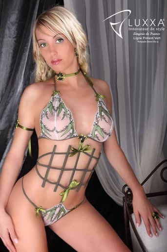 Piment Vert Full Cup Lingerie Body by Luxxa
