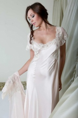 Luxury Long Silk Nightdress Jane Woolrich Design 7075