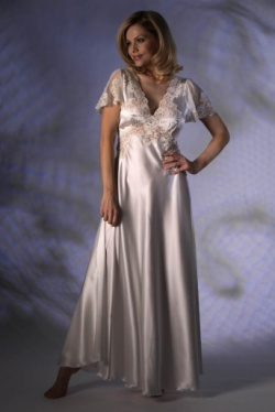 Long Silk Nightdress - Jane Woolrich 73720