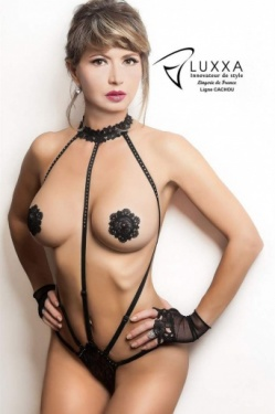 Cachou Harness Body - Closed String by Luxxa