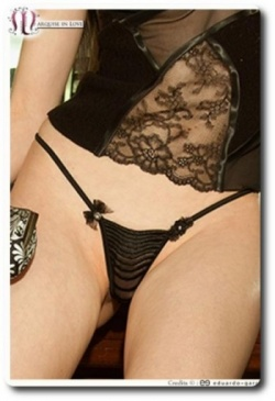 Glam Chic Closed G String