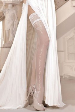 Ballerina Ivory Hold Up Stockings - ART.253