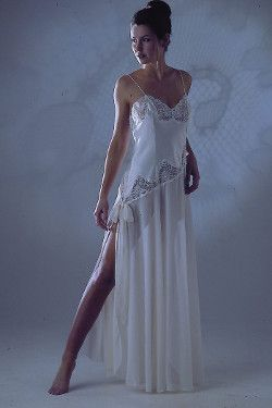 Elegant Long Nightdress Jane Woolrich 6478