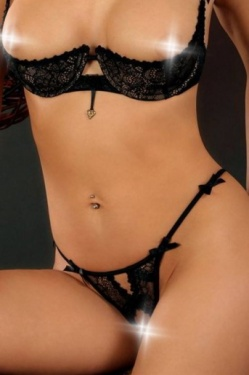Capricorne Open Black Lace  gstring by Luxxa