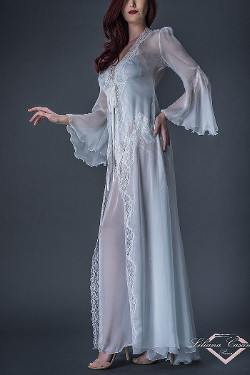 Romantisme Chiffon Robe by Liliana Casanova